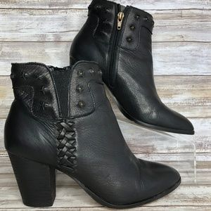 Dolce Vita 8M Black Leather Studded Ankle Boots